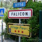 CÔTE D'AZUR / ALPES-MARITIMES (06) / VILLAGES PERCHÉS / FALICON / 31e Fête de l'Oeillet Falicon au pays du soleil levant – Photo n° 01