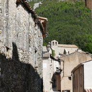 Ruelle du village Le Mas 06