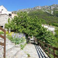 Un joli village fleuri – Le Mas 06