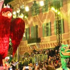 Corso Carnavalesque illuminé Nice