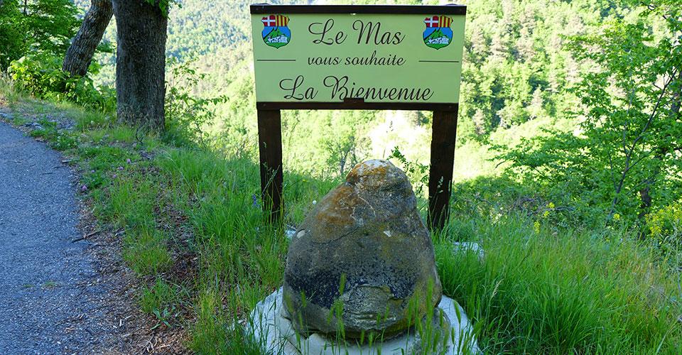 Le Mas 06 -Pierre du Pimpinier