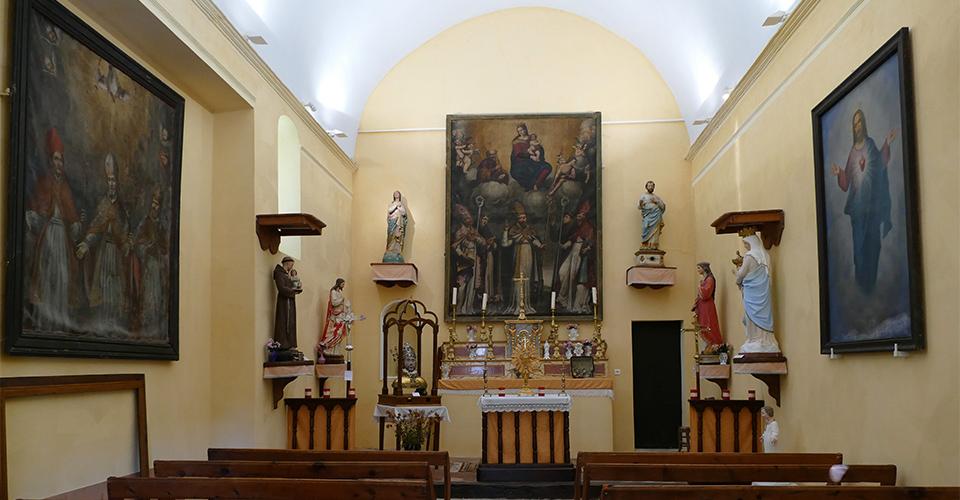Intérieur de la Chapelle Saint-Arnoux - Le Mas 06