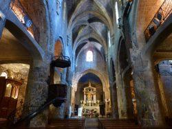 Intérieur de Notre Dame du Puy